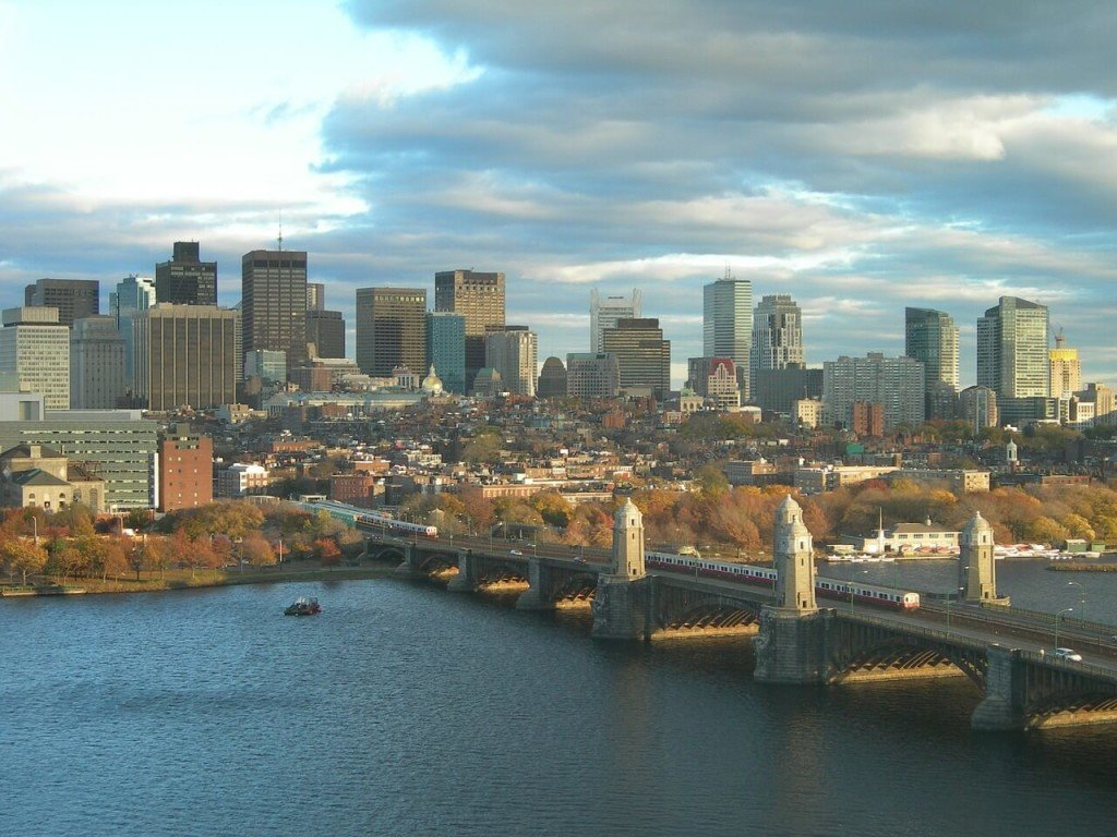 Think you're going to Boston? Get your Massachusetts learner license first with the help of our free course.