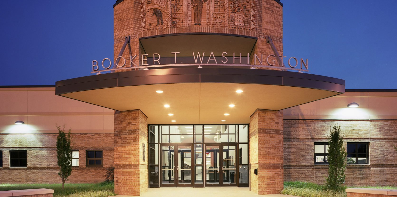 Booker T. Washington High School, Tulsa