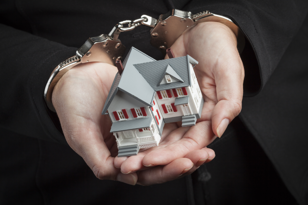 Real Estate career with a felony in Virginia