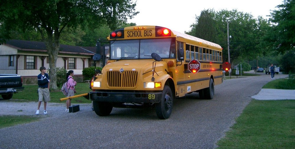 how much do school bus drivers make in alabama