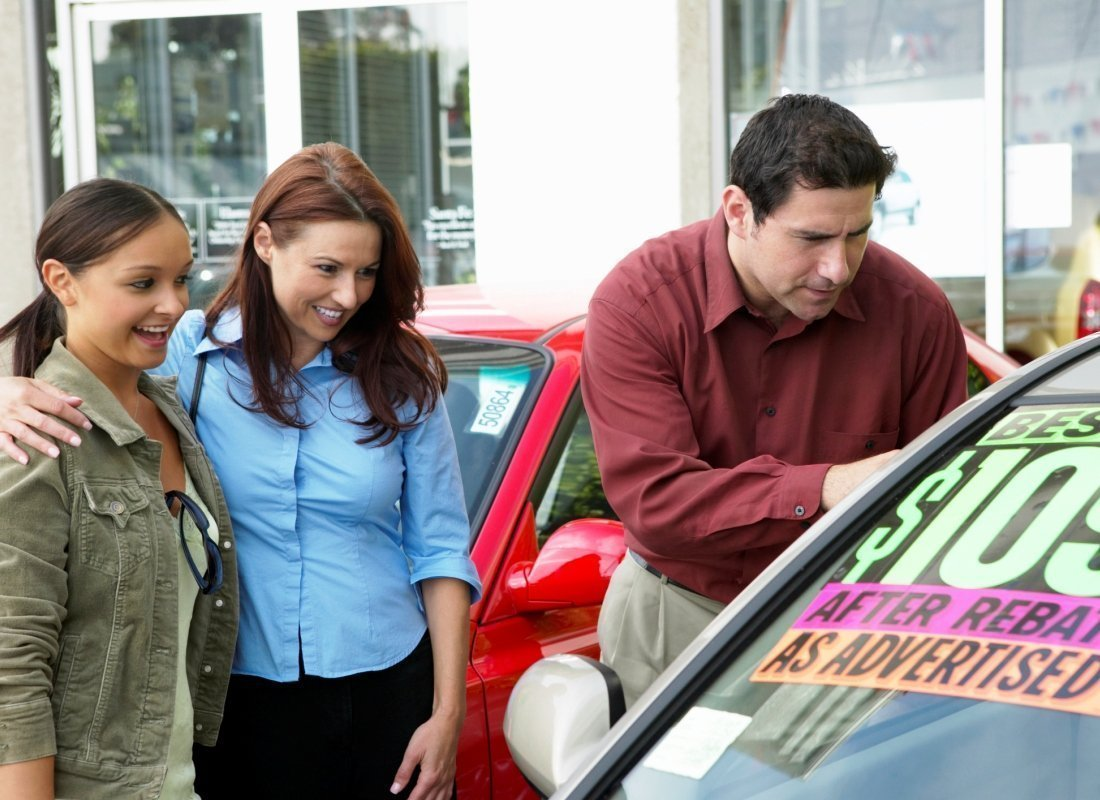 Buying Your First Car: A Guide for Teens (and Everyone Else!)