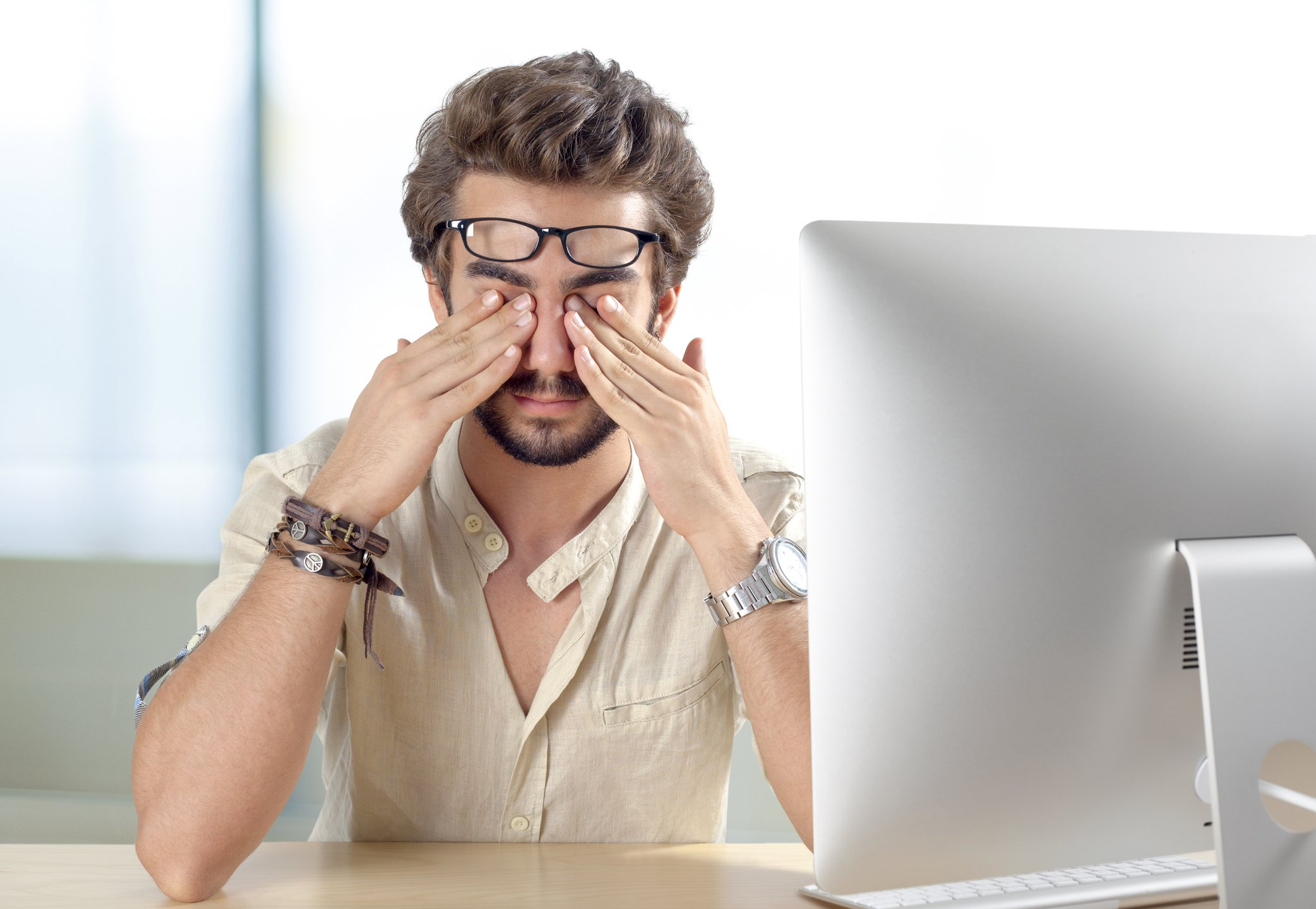 Why Do My Eyes Hurt While Wearing Glasses? | FramesDirect.com