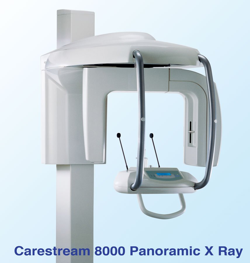 Carestream 8000 Digital Panoramic X-Ray Machine