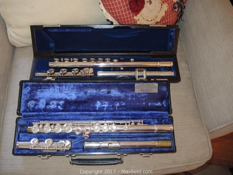 Flutes And Music Stand