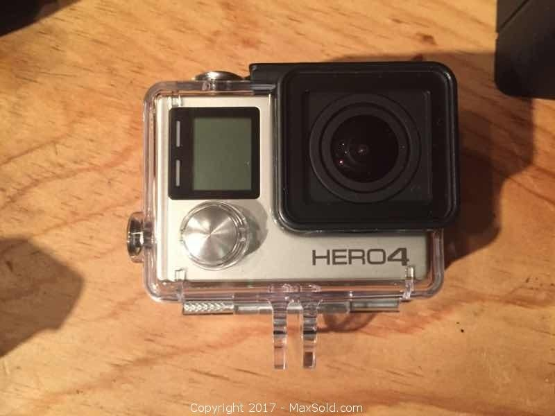GoPro Hero 4 Silver With Accessories