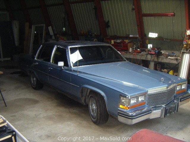 1980 Cadillac Fleetwood Brougham VIN 6B696A9171195