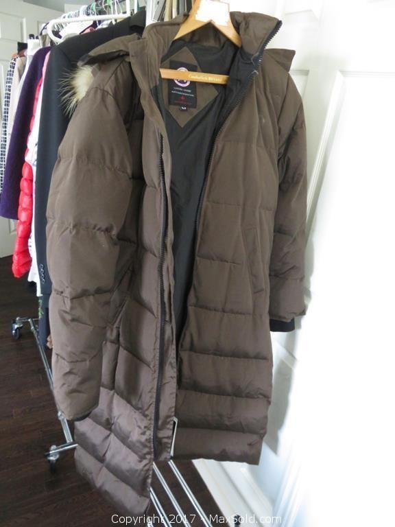 Ladies Canada Goose Coat SZ XL Petite