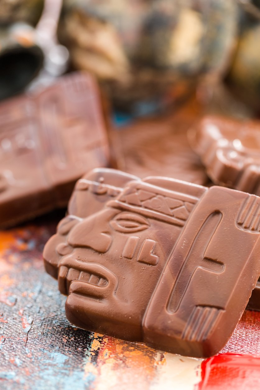 Amazing chocolate history. Where does chocolate come from? Mesoamerica and magic!