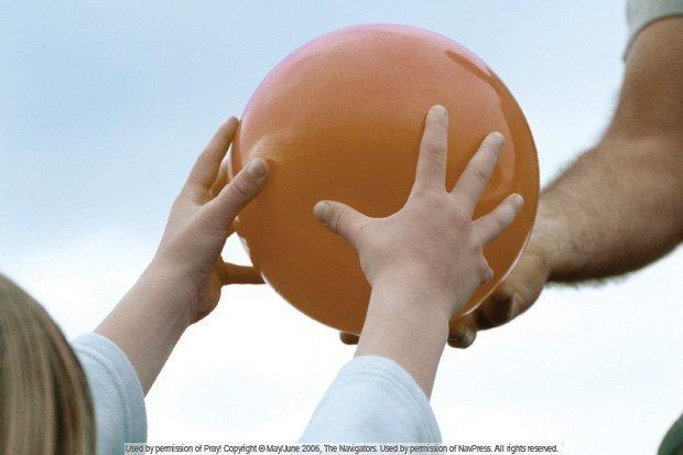 pass-it-on-raising-children-who-pray