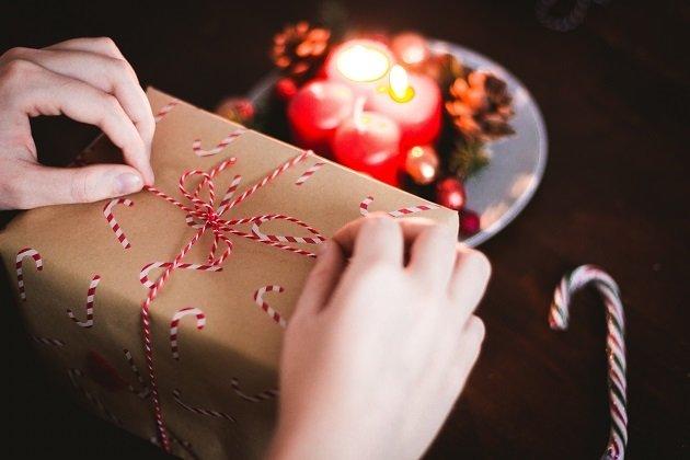 Miscellaneous Christmas Trivia.Would A Bible Make A Good Christmas Gift