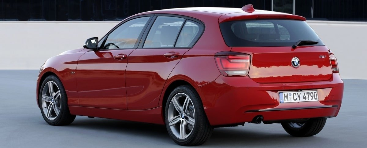 used BMW 1-Series rear view
