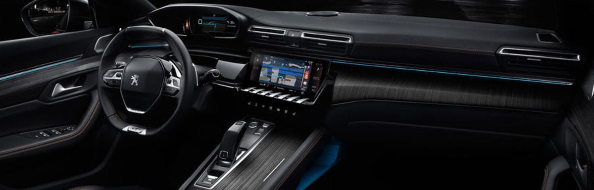 new Peugeot 508 interior view