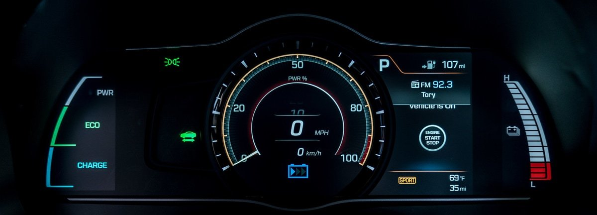 Hybrid plug-in dashboard display