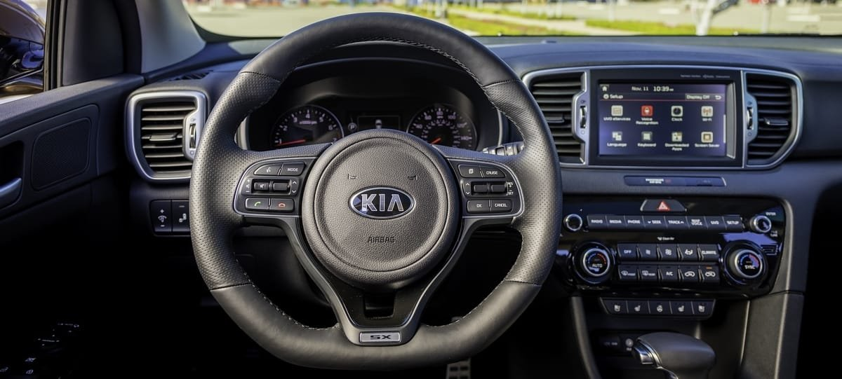 used Kia Sportage interior view