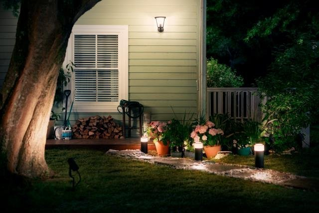 Outdoor home lighting