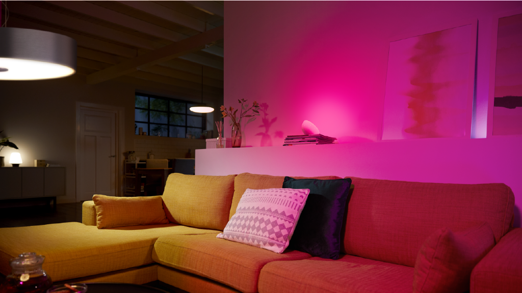 Stylish Living Room Lighting Ideas - Meethue | Philips Hue